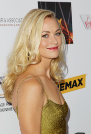 Yvonne Strahovski looked downright lovely with her flowy curls at the Australians in Film Awards Gala.