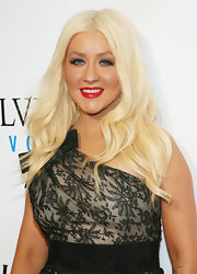Christina Aguilera stepped up her look with defined lashes.