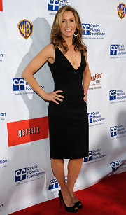 Felicity Huffman paired her LBD with classic peep toe pumps for the second annual Wisteria Lane block party.