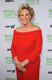 Donna showed off a classic silver watch while hitting  the Salute to Women in Sports event.
