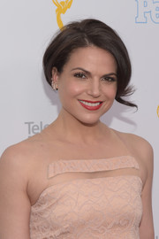 Lana Parrilla attended the College Television Awards wearing an elegantly styled bob.