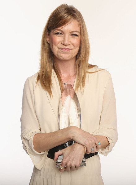 More Pics of Ellen Pompeo Oversized Belt (1 of 19) - Ellen Pompeo Lookbook - StyleBistro