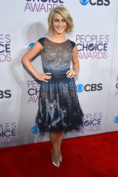 Julianne Hough at the 2013 People's Choice Awards