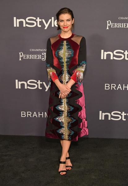 Lauren Cohan paired her dress with double-strap satin sandals by Giuseppe Zanotti.