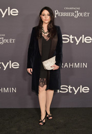 Michelle Trachtenberg layered a velvet coat over a lace-trimmed LBD for the 2017 InStyle Awards.