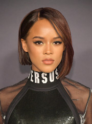 Serayah went for a trendy asymmetrical cut when she attended the 2017 InStyle Awards.