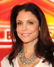 Bethenny's brown tresses fell effortlessly over her shoulders at the celebration for 40/40 Club.