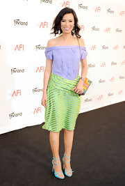 Wendi Deng was definitely feeling the summer vibe as she stepped out wearing a pastel off-the-shoulder dress at the 40th AFI Life Achievement Awards.