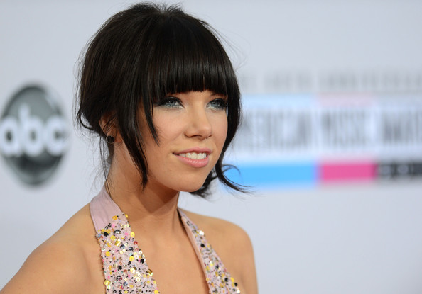 More Pics of Carly Rae Jepsen Pink Lipstick (1 of 11) - Carly Rae Jepsen Lookbook - StyleBistro