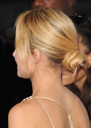 Hayden opted for this swirly, ultra-fem style for the 2012 American Music Awards.