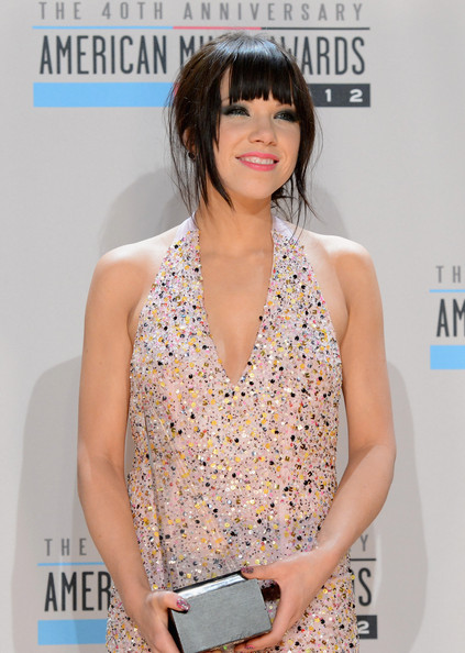 More Pics of Carly Rae Jepsen Loose Ponytail (1 of 21) - Carly Rae Jepsen Lookbook - StyleBistro