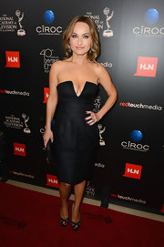 Giada sported a corset LBD with a deep V-neck to the Daytime Emmy Awards.