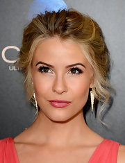 Linsey Godfrey's blonde locks looked super pretty pulled back into a wavy updo.