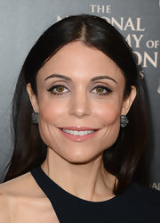 To bring out the peach in her cheeks, Bethenny sported a fleshy peach lip gloss.