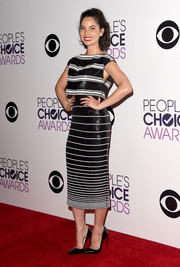 Olivia Munn was sporty-glam in a black-and-white sequined crop-top by Giambattista Valli Couture at the People's Choice Awards.