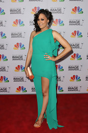 Tia Mowry looked lovely in this teal dress for the NAACP Image Awards.