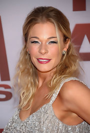 LeAnn Rimes complemented her eyes with lots of shimmery silver shadow at the 45th Annual CMA Awards.