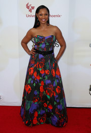 Garcelle Beauvais went the ultra-sweet route in a Milly floral strapless gown during the NAACP Image Awards.