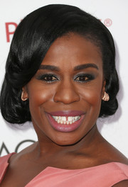 Uzo Aduba fixed her locks into a vintage-style faux bob for the NAACP Image Awards.