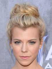 Kimberly Perry swept her hair up into an elegant top knot for the ACM Awards.