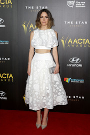 Rose Byrne chose a wonderful pointed pair of Kurt Geiger pumps to match her outfit.