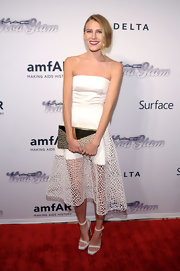 Dree Hemingway's strapless white gown featured a cool sheer overlay on the skirt for a totally modern feel.