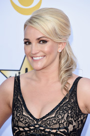 Jamie Lynn Spears opted for a retro-glam updo when she attended the Academy of Country Music Awards.