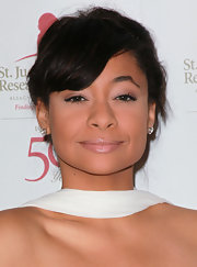 Raven-Symone wore a pale pink gloss with golden shimmer at the 50th anniversary celebration for St. Jude Children's Research Hospital.