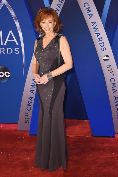 Reba Mcentire Best Dressed At The 2017 Cma Awards