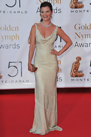Heather Tom wowed the crowd in a stunning gold evening dress at the Monte Carlo TV Festival.