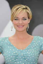 Crystal Allen accessorized with a lovely pair of pearl chandelier earrings at the 'Crooked Arrows' photocall.