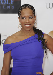 Regina King pulled her stylish look together with a pair of dangling gold decorative earrings at the Monte Carlo TV Festival.