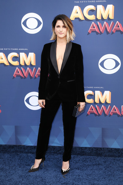 More Pics of Cassadee Pope Evening Pumps (1 of 5) - Cassadee Pope Lookbook - StyleBistro [suit,clothing,premiere,formal wear,footwear,carpet,electric blue,pantsuit,outerwear,tuxedo,arrivals,cassadee pope,nevada,las vegas,mgm grand garden arena,academy of country music awards]