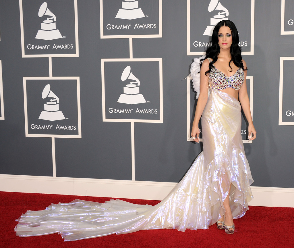 At the 2011 grammy awards, katy played up her