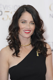 Robin Tunney's long dark waves were bouncy and full of life at the Monte Carlo TV Festival Closing Ceremony.