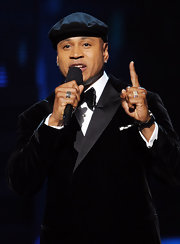 LL Cool J attended the 54th Annual Grammy Awards wearing a black diamond three-sided chevron pave ring.