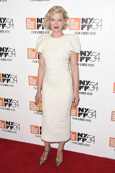 More Pics of Gretchen Mol Curled Out Bob (1 of 8) - Gretchen Mol Lookbook - StyleBistro [red carpet,dress,clothing,cocktail dress,red carpet,carpet,shoulder,premiere,joint,fashion,sheath dress,gretchen mol,manchester by the sea,lincoln center,new york city,alice tully hall,new york film festival,world premiere,world premiere]