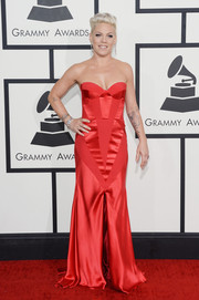 Pink was red-hot at the Grammys in a multitextured strapless corset dress by Johanna Johnson.