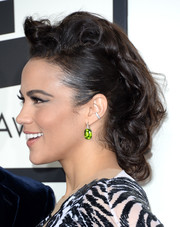 Paula Patton swept her hair back into a messy, fauxhawk-inspired updo for the Grammys.