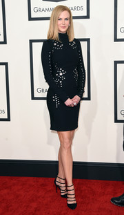 Nicole Kidman was classic with just a hint of edge in a Mugler grommeted LBD during the Grammys.