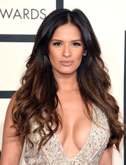 Rocsi Diaz attended the Grammys wearing her hair down in a cascade of waves.