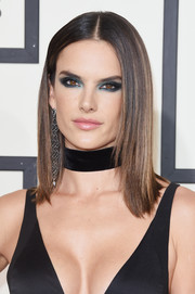 Alessandra Ambrosio rocked a super-sleek center-parted hairstyle at the Grammys.