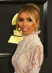 Giuliana Rancic went '60s-glam with this beehive at the 2017 Grammys.