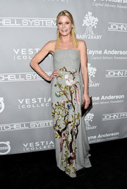 Julie Bowen donned a strapless gray Alberta Ferretti gown with bird and flower embroidery for the Baby2Baby Gala.