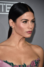 Jenna Dewan-Tatum wore her hair in a center-parted, low ponytail at the Baby2Baby Gala.