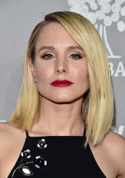 Kristen Bell was modern and chic wearing this asymmetrical lob at the Baby2Baby Gala.