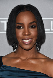 Kelly Rowland rocked a blunt bob at the Baby2Baby Gala.