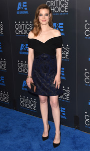 Gillian Jacobs showed some skin in a blue and navy off-the-shoulder dress by J. Mendel during the Critics' Choice Television Awards.