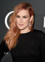 Rumer Willis went for edgy styling with this tousled 'do when she attended the Elle Women in Music celebration.