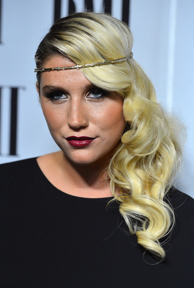 More Pics of Kesha Side Sweep (3 of 26) - Kesha Lookbook - StyleBistro